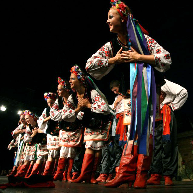 YUNIST PODILLYA FOLK DANCE GROUP en Calasparra